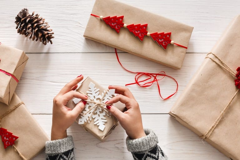 Win the best parent award with these 3 fun DIY gift wrapping ideas that you can carry out with your kid