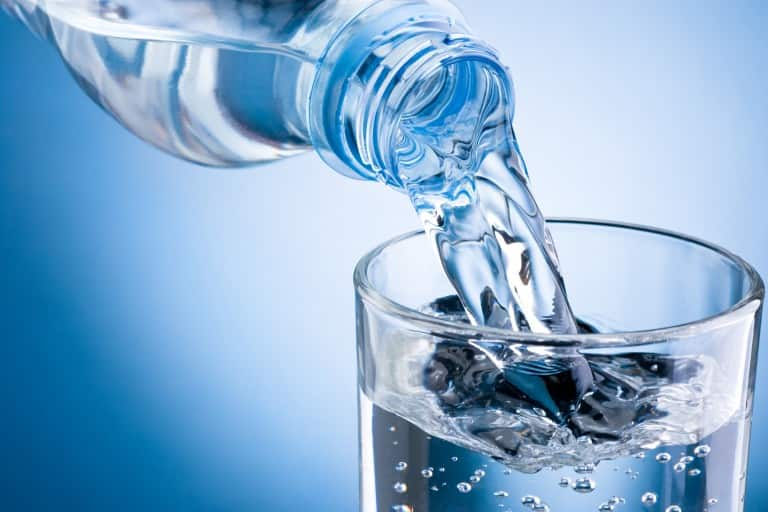 How to properly clean drinking water bottles before use at home