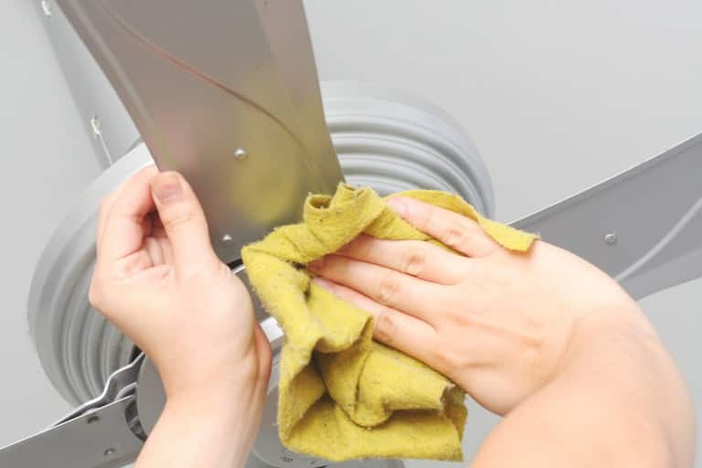 Are your fans blades filled with sticky black dirt? Here are some simple tips to clean it up!
