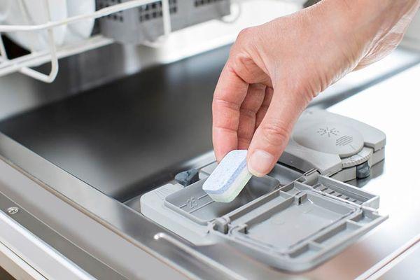 Cách sử dụng viên rửa bát đúng cách
