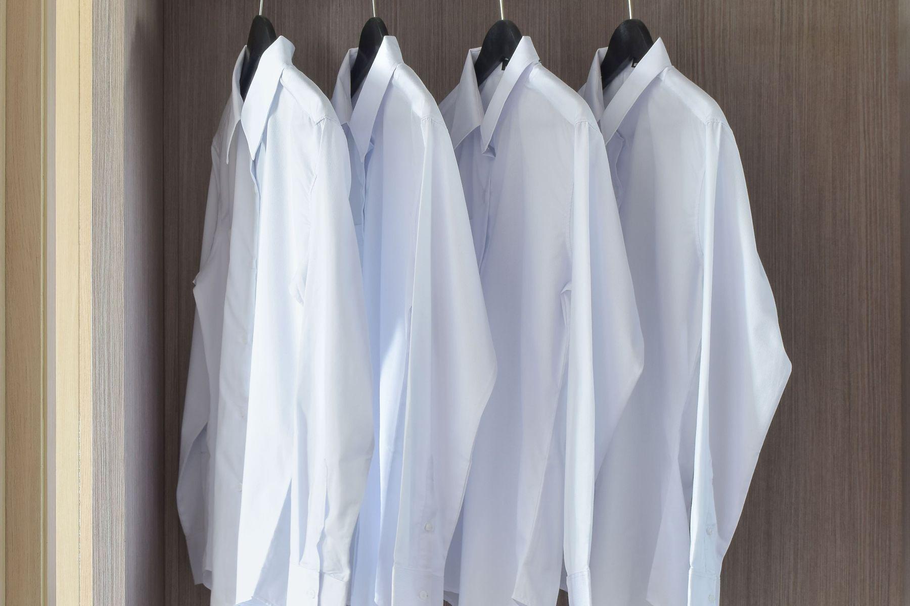 6 Cách tẩy mốc trên áo trắng đơn giản tại nhà