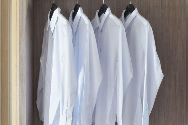 Mẹo giữ áo trắng của bạn luôn như mới siêu đơn giản