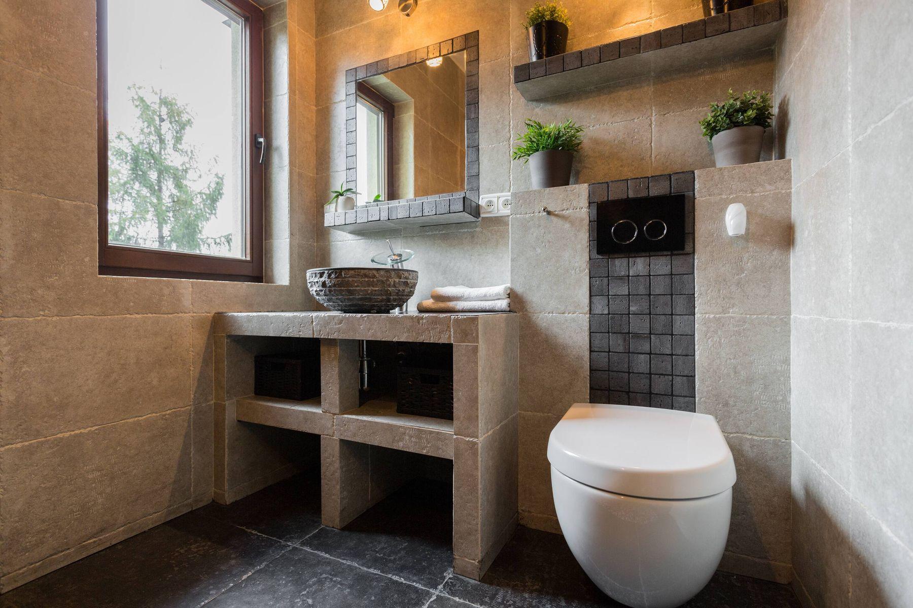 vệ sinh nhà tắm nhà mới xây dựng