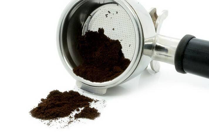 Cách diệt kiến bằng bã cà phê