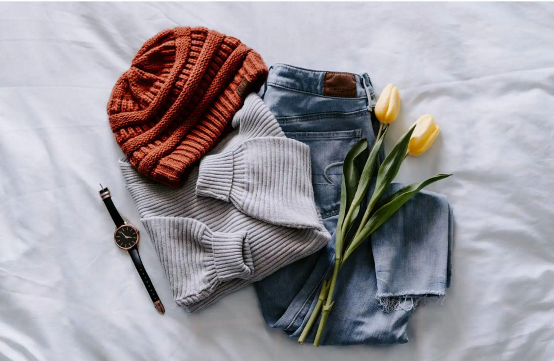 Sự tiện dụng của khăn kèm mũ khiến nhiều người ưa chuộng sản phẩm | Cleanipedia
