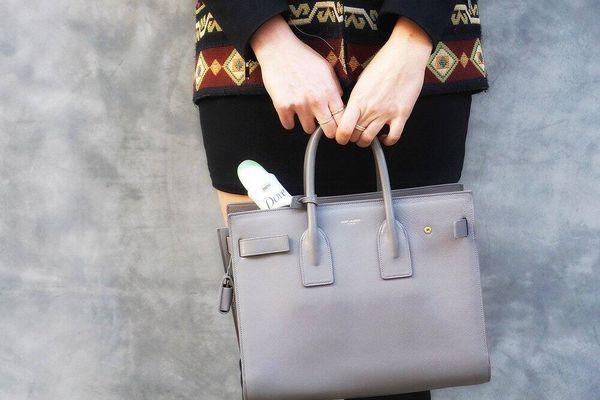 Bí quyết giữ túi xách mới tinh như ngày đầu