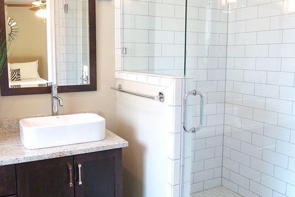 nhà vệ sinh ố vàng