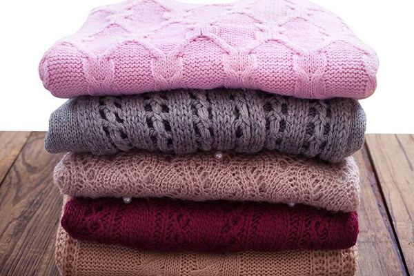 Tẩy quần áo quá nhiều có bị mòn vải không?