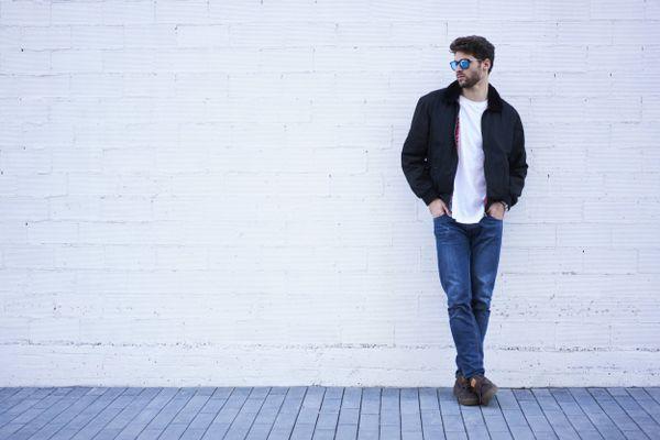 Tẩy mốc trên áo phao jacket thật dễ dàng với 4 cách sau đây