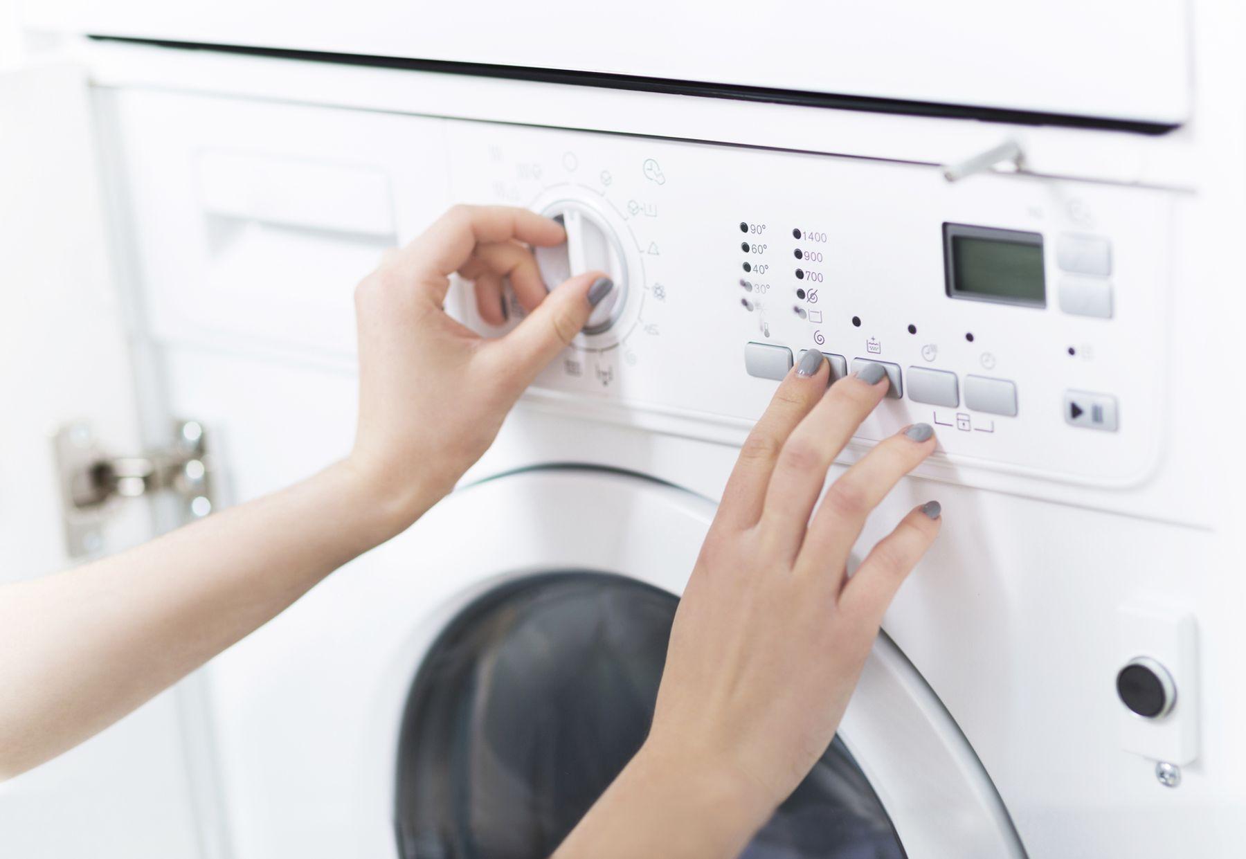 Điều chỉnh chế độ máy giặt