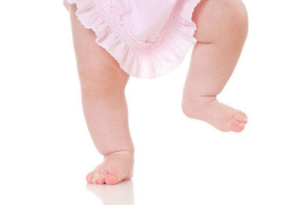 4 Lưu ý mẹ nhất định phải biết khi chăm sóc trẻ sơ sinh vào mùa hè