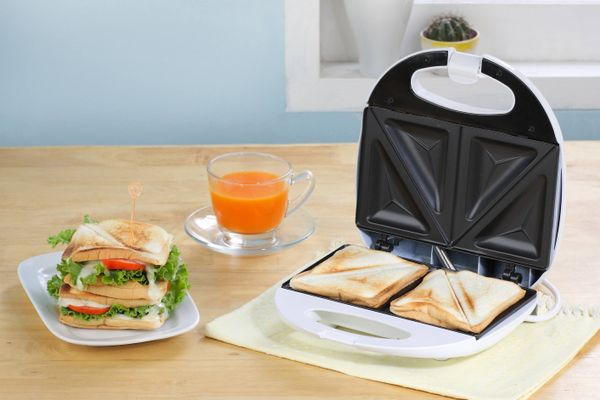 Burn stains on your Sandwich maker? Here's how to clean them