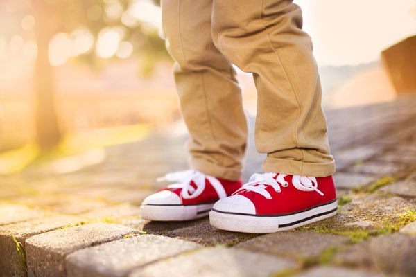 Easy Steps to Fix the Sole of Your Schoolgoing Child's Canvas Shoes