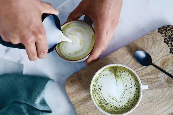 Công dụng của trà xanh trong khử mùi