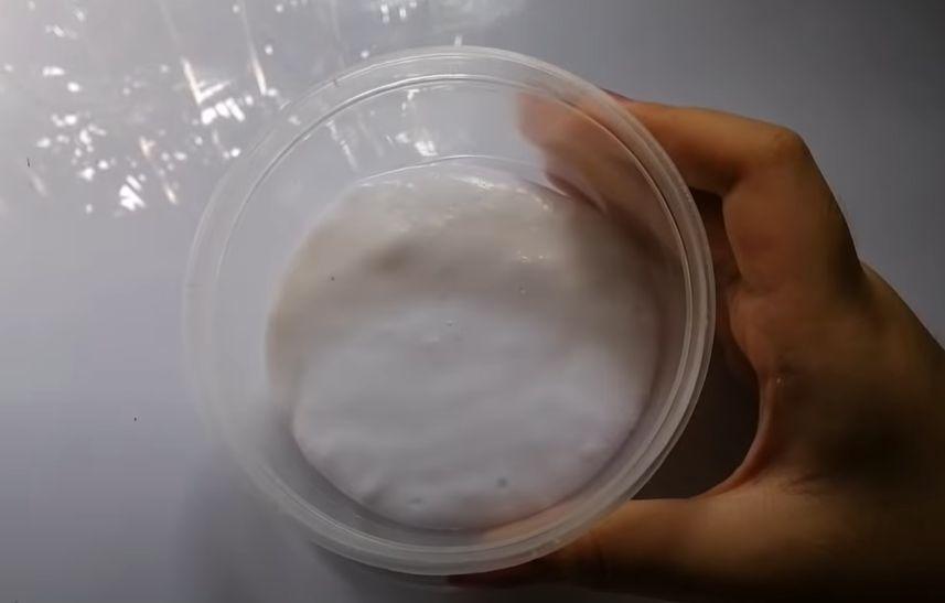 Làm Slime với kem đánh răng và giấy vệ sinh
