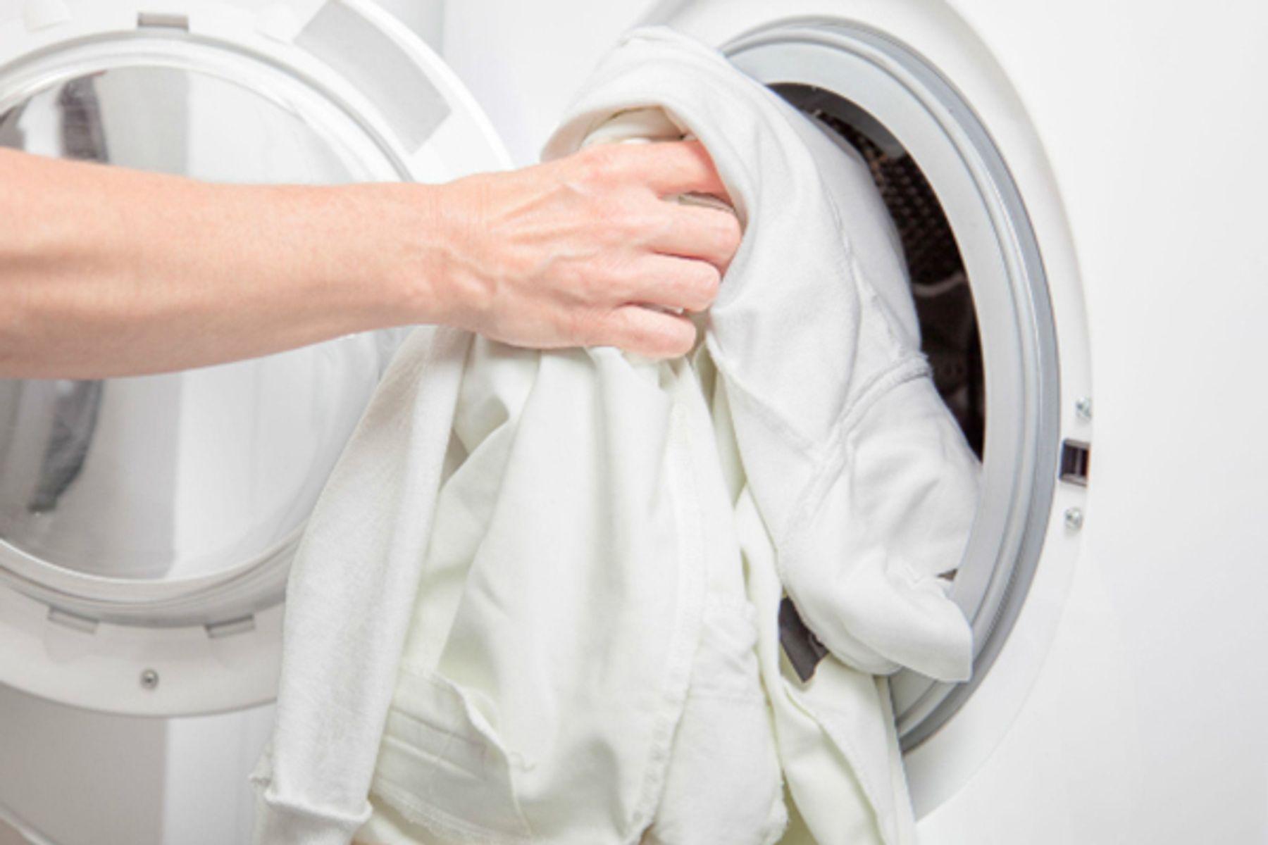 Cách giặt áo dài bằng máy giặt