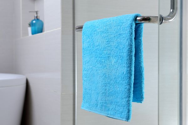 How to Get Clean and Fresh Bath Towels