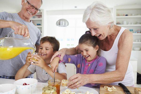 Bí quyết giúp tăng sức đề kháng cho người cao tuổi trong mùa dịch