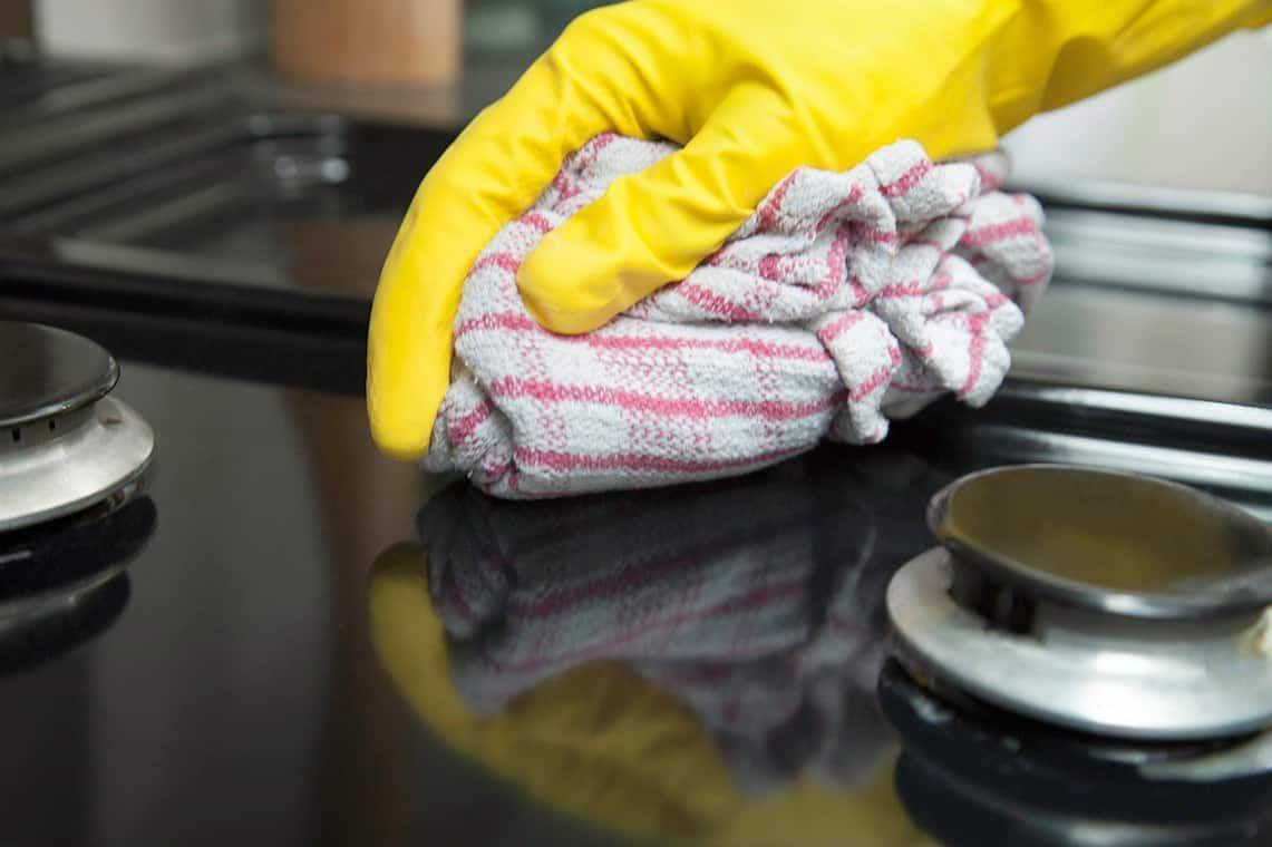 Cách tẩy vết ố trên bề mặt bếp đá granite nhà bạn