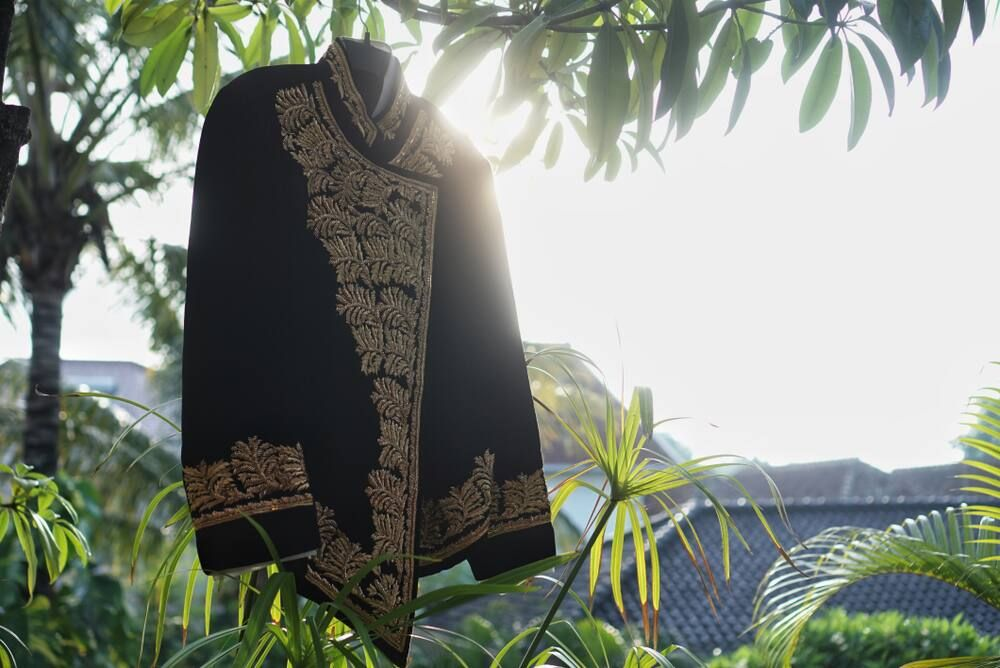 Mengenal Jenis-jenis Pakaian Adat Jawa Tengah yang Memesona