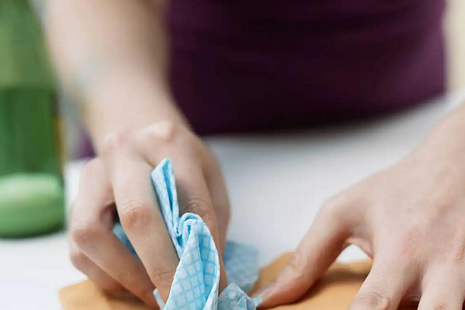 foto de cómo sacar manchas de cera