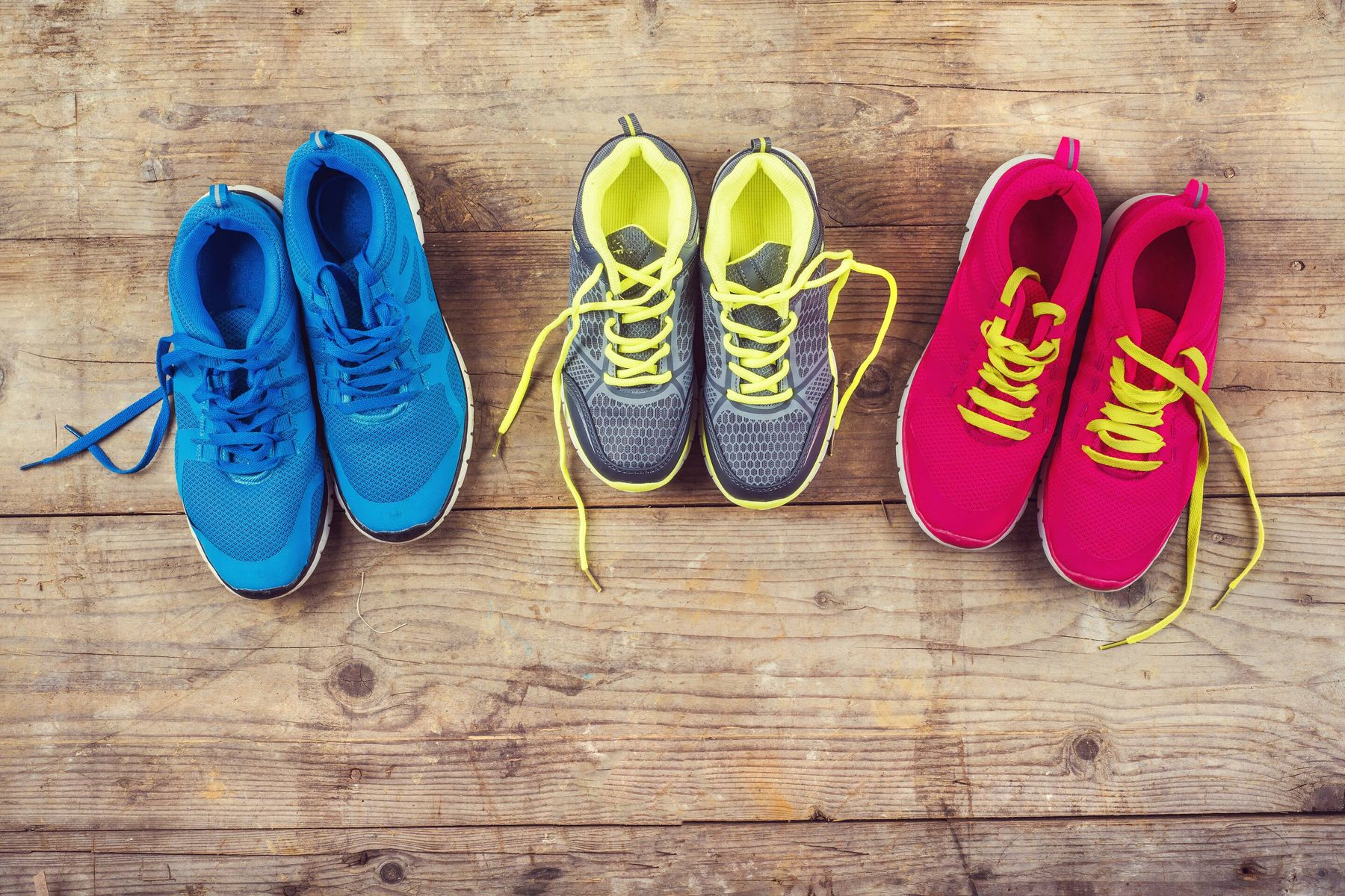 Tips to Keep Your Sports Shoes Smelling Great! - Cleanipedia