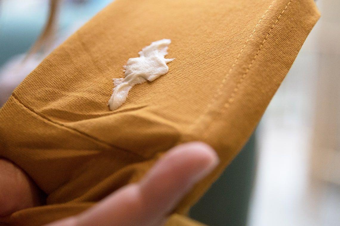 Jak odstranit žvýkačku z oblečení?