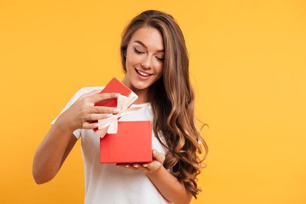 Làm thế nào để mua quà tết sang trọng và ý nghĩa cho gia đình?