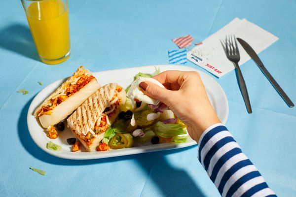Chế độ ăn uống đảm bảo sức khỏe cho bé đến trường