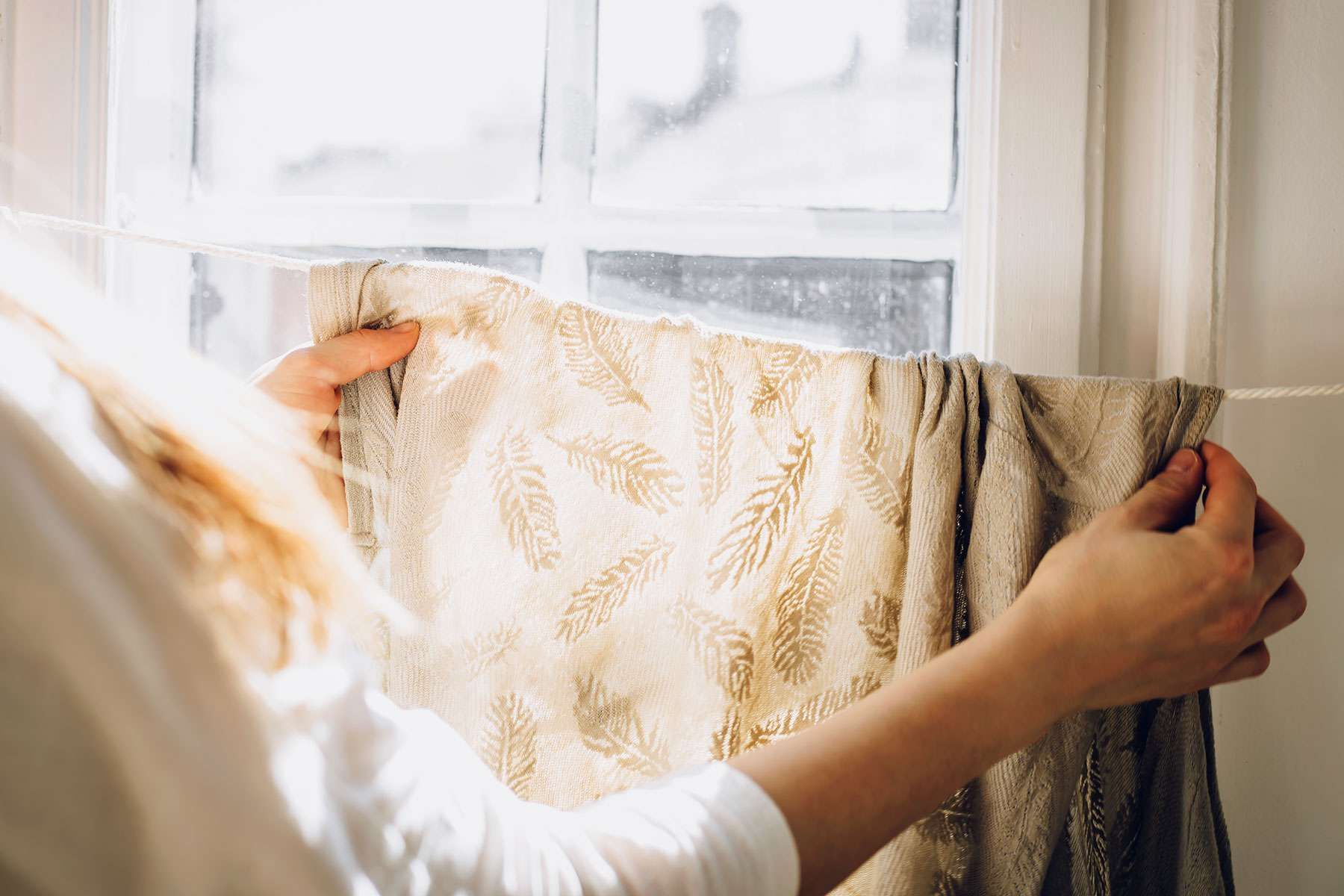 Cách sử dụng nước xịt thơm quần áo và vải hiệu quả