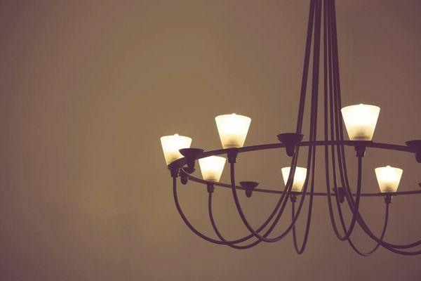 4 bước vệ sinh đèn trang trí bằng pha lê