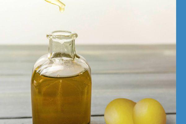 6 Công dụng bất ngờ của tinh dầu hoa oải hương cho sức khỏe của bạn