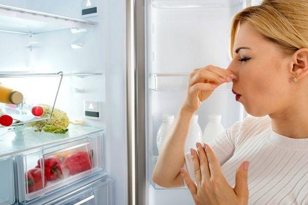 Các bước đánh bay mùi tanh cá trong tủ lạnh hiệu quả