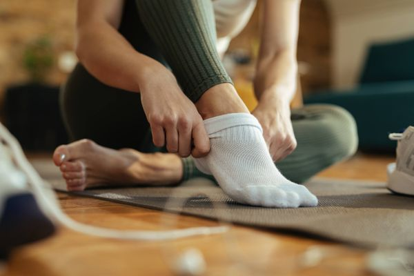 Here's everything you need to know to ensure your cotton socks last longer | Cleanipedia