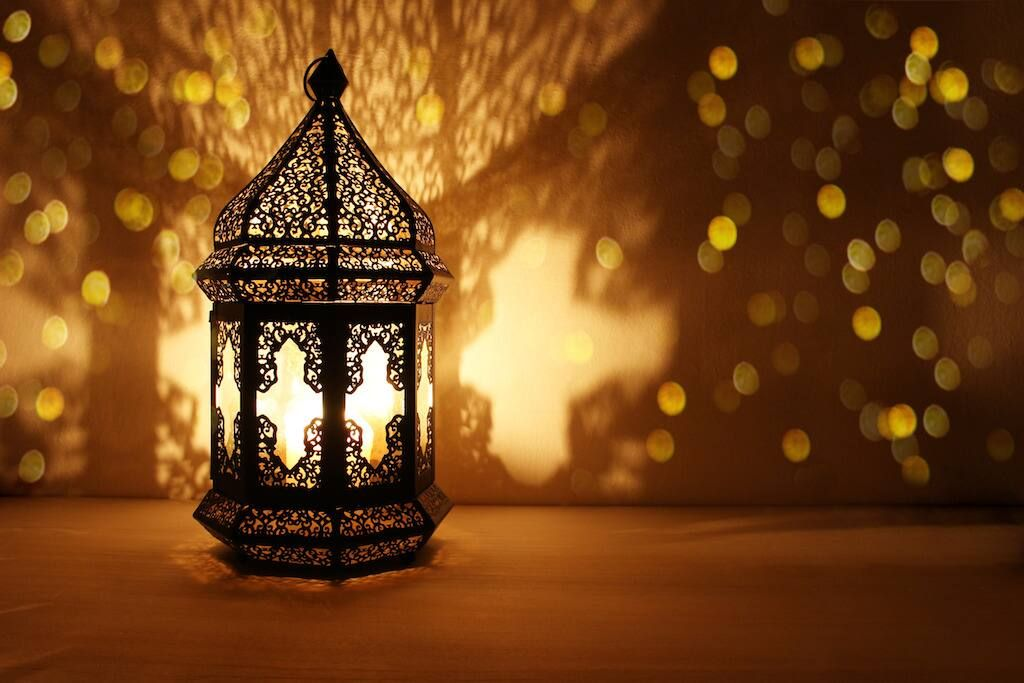 đèn trang trí ngoài trời