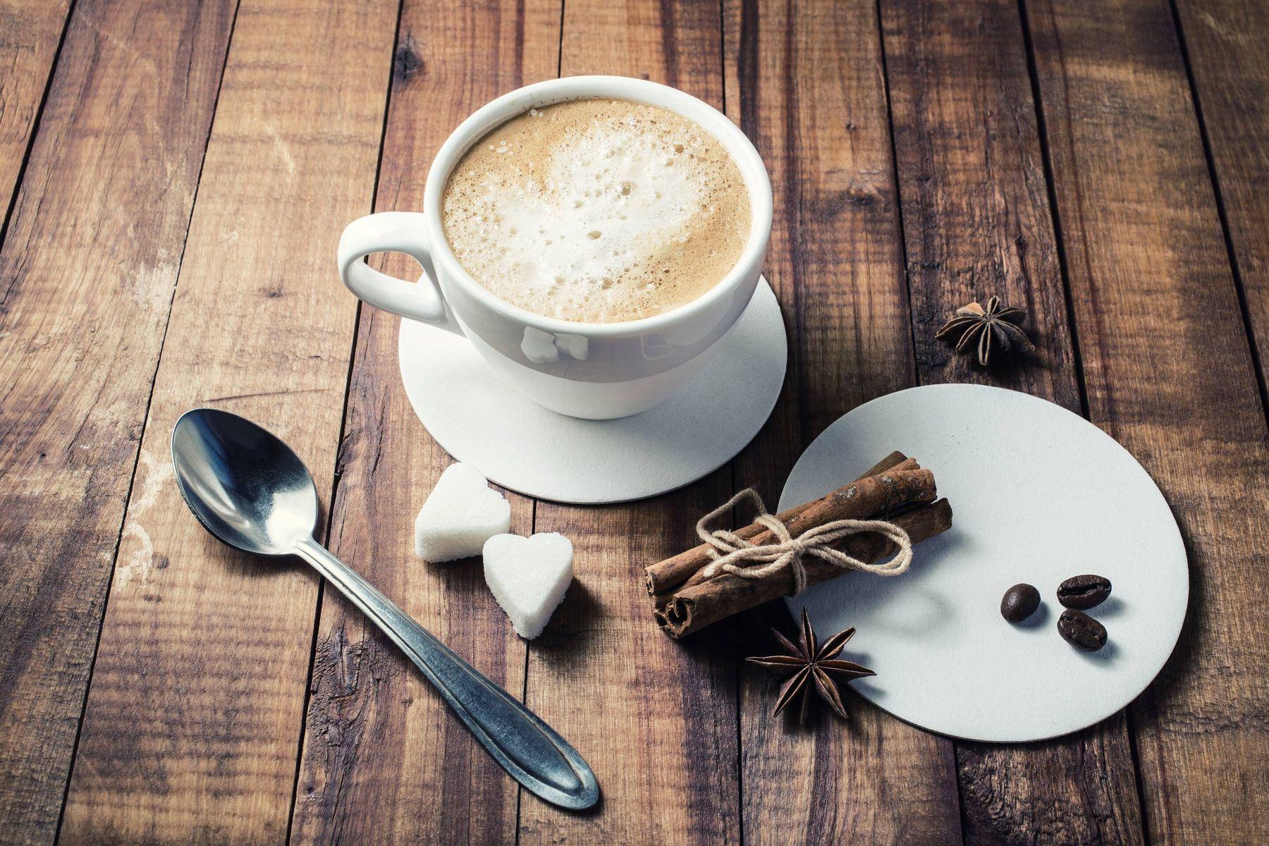 आपने कोस्टर पर से चाय-कॉफ़ी के दाग़ कैसे साफ़ करें | क्लीएनीपीडिया