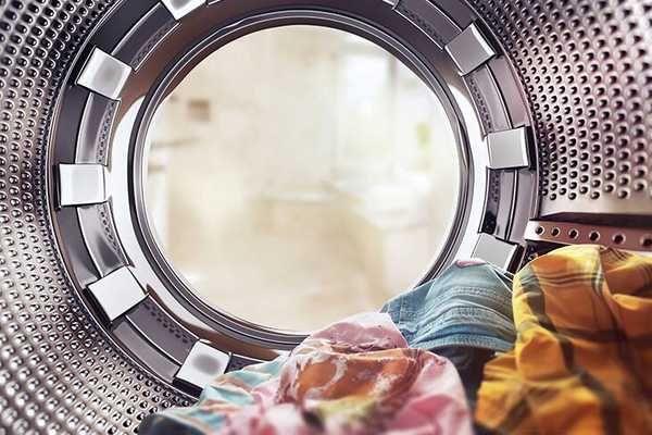 Bật mí kinh nghiệm giặt vest cưới bằng máy giặt