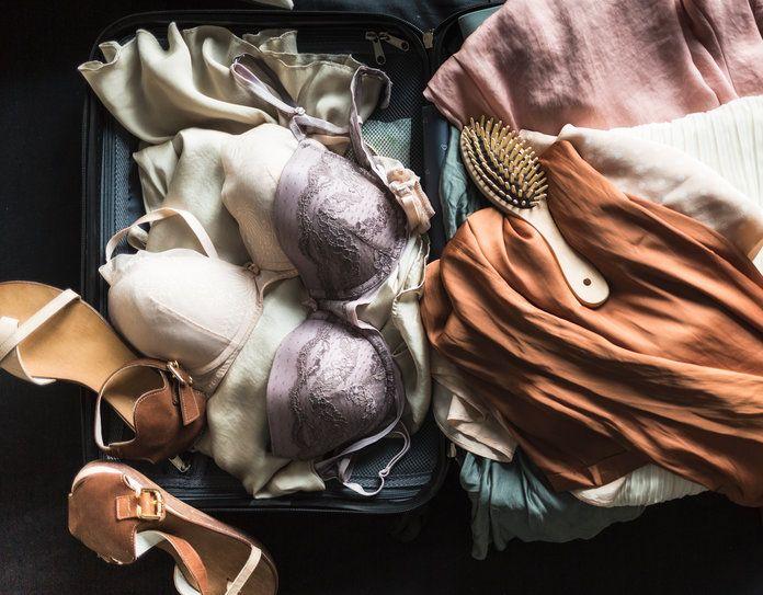Cách xếp quần áo lót