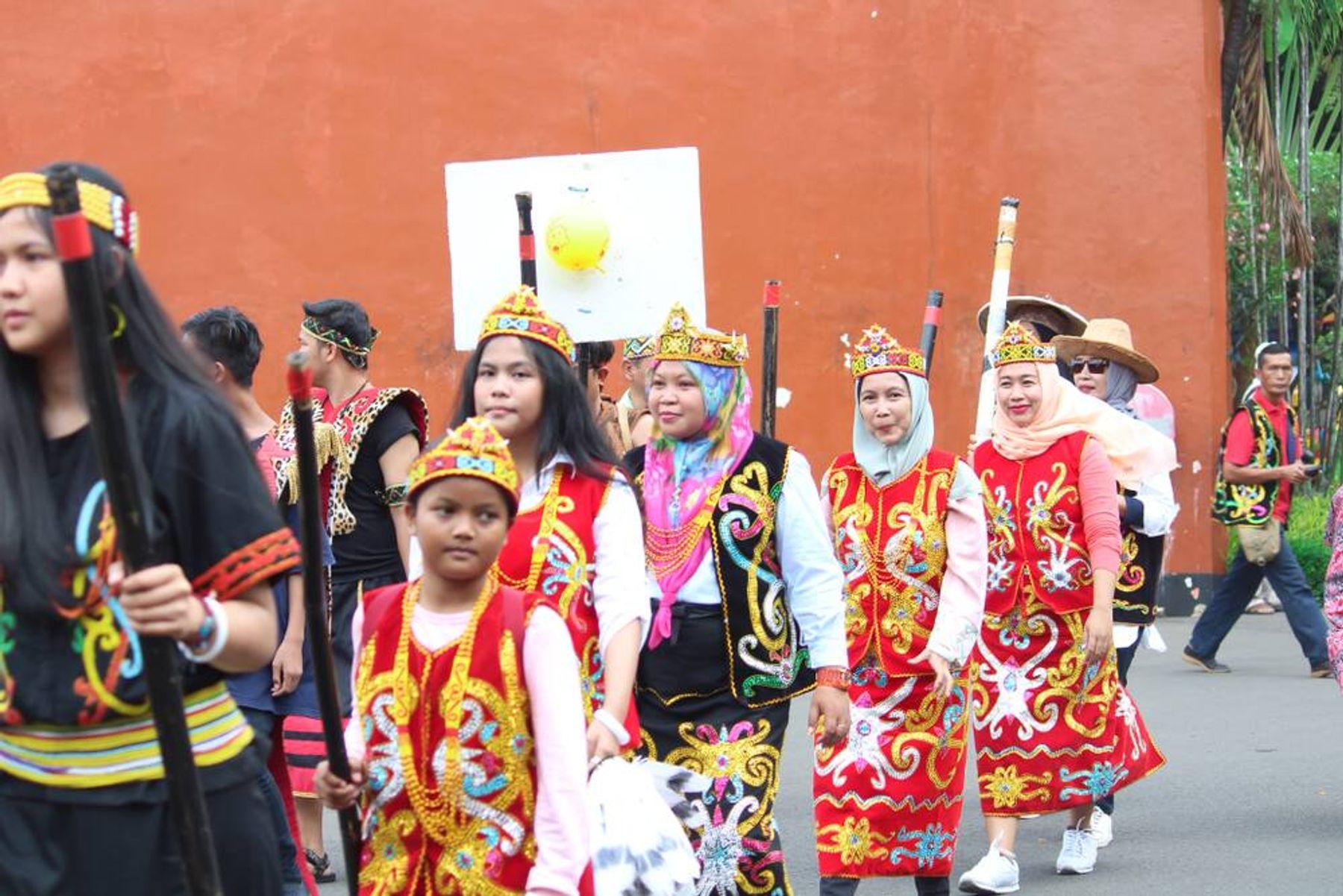 Mengenal Pakaian Adat Kalimantan Utara Warisan Budaya Indonesia