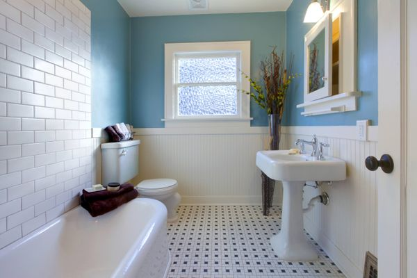 How to Clean your Bathroom Accessories | Cleanipedia