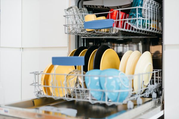 Clean Your Dishwasher Properly with these Easy Tips