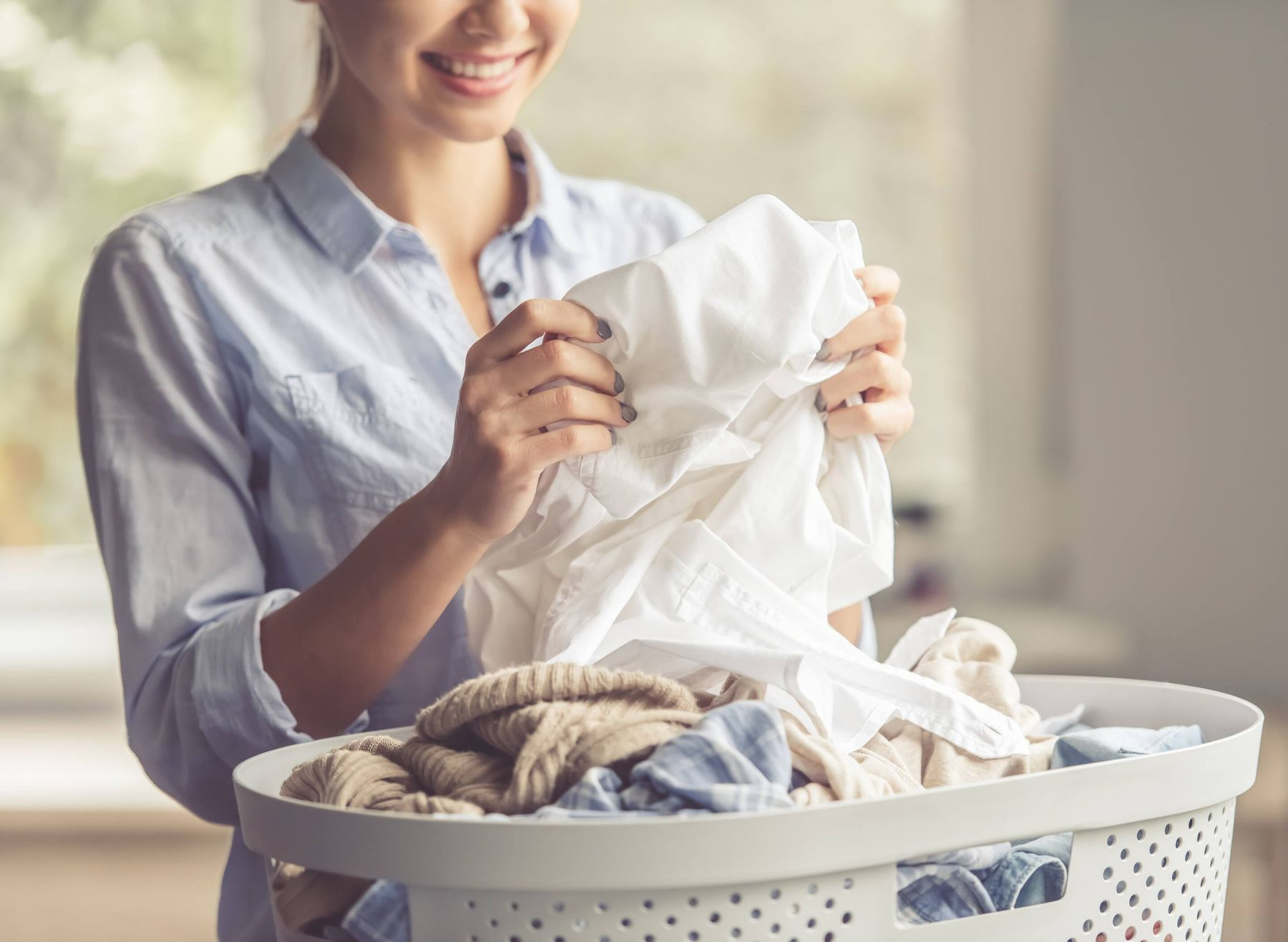 Nước giặt nào thơm lâu - OMO Matic Comfort Hương Hoa Hồng
