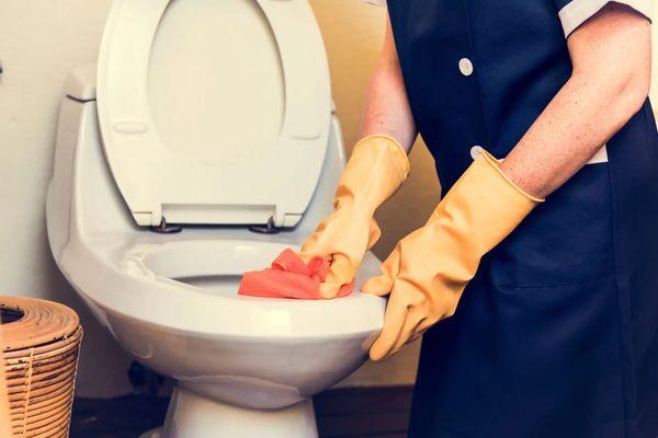Vệ sinh nhà tắm cũng phải theo 5 nguyên tắc sau
