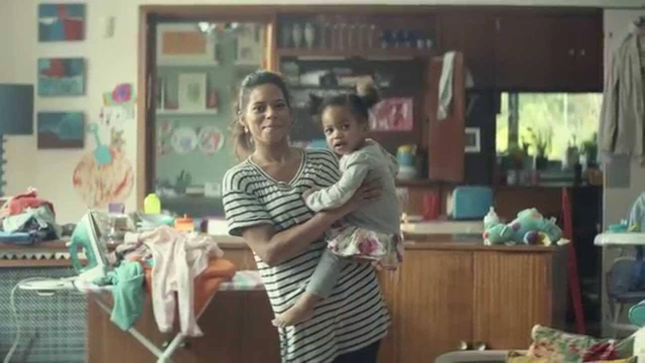 Khi dạy bé tập đi mẹ cần lưu ý những gì?