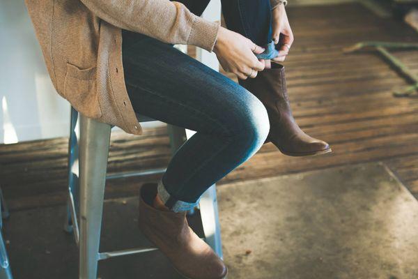 Mẹo tẩy các vết bẩn trên quần jean cực đơn giản