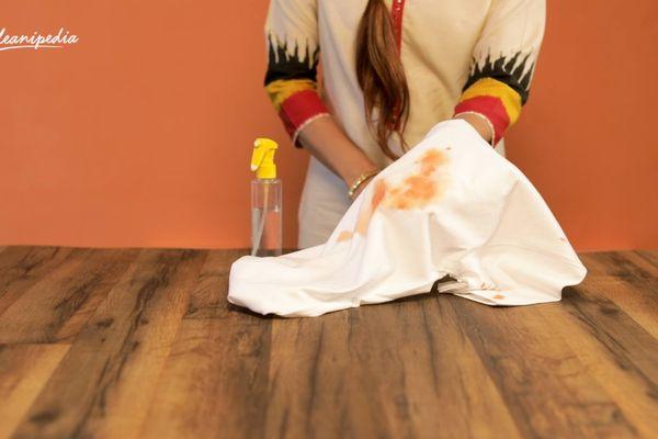 5 Lưu ý cần nhớ khi tẩy vết sơn trên quần áo