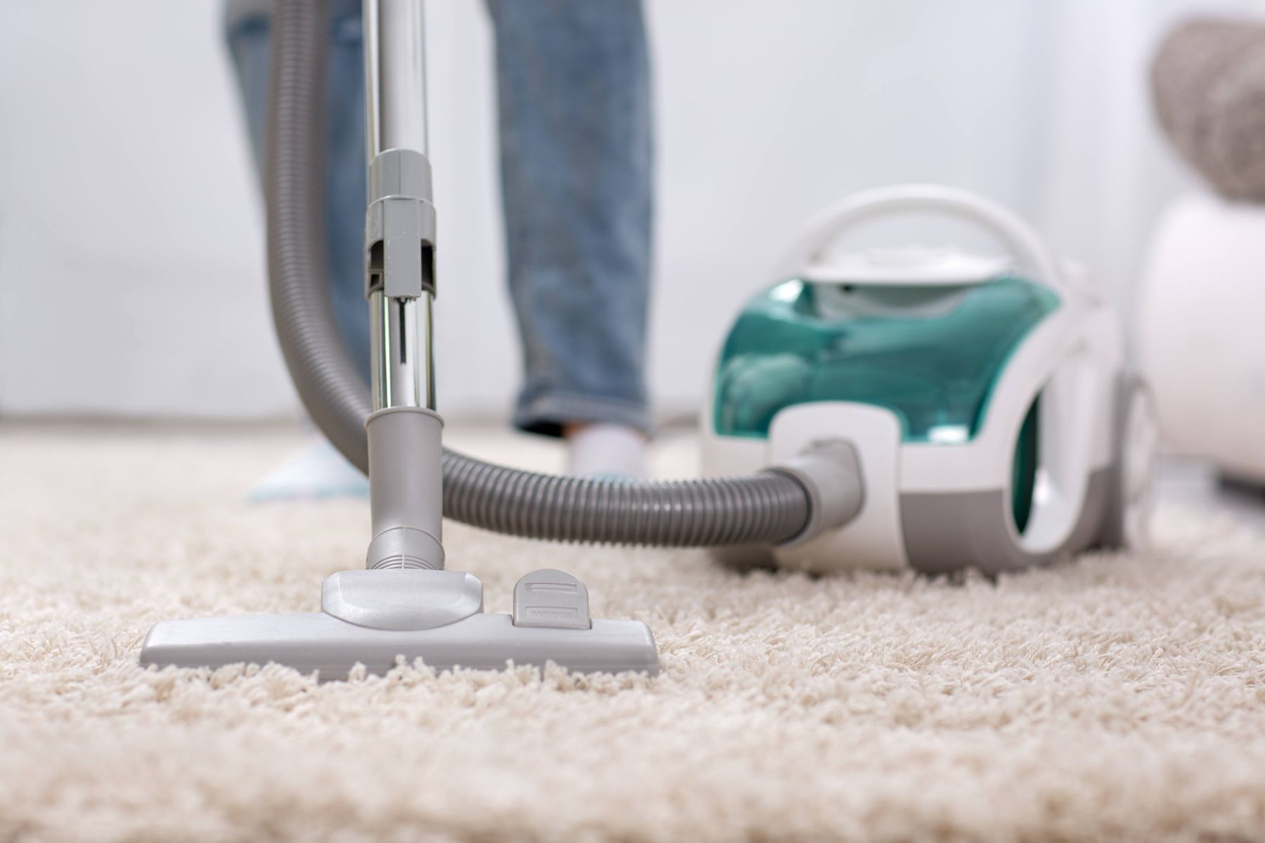 How to Maintain your Vacuum Cleaner | Get Set Clean