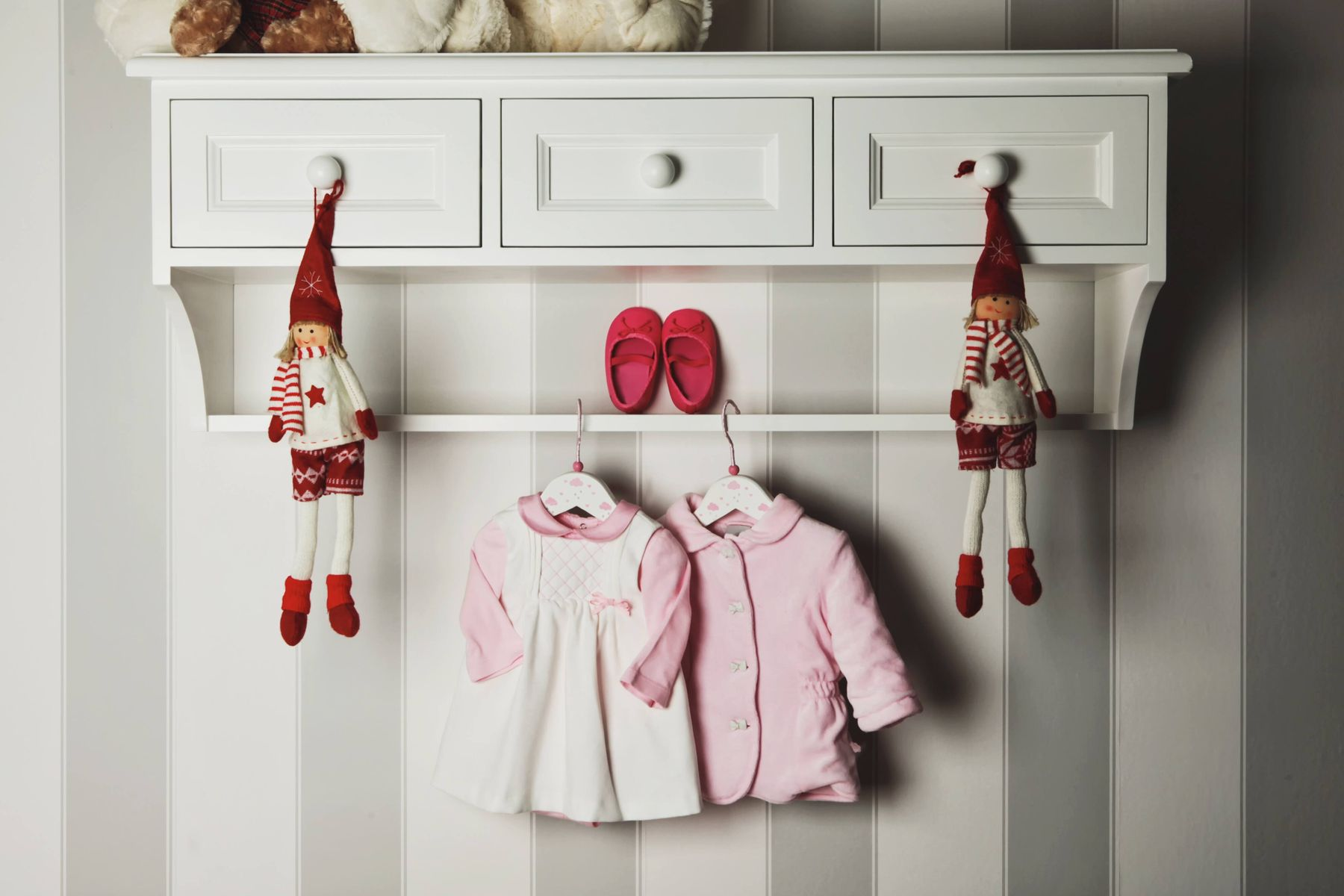 How To Organise your Baby's Clothes | How to Store Your Baby's Clothes | Cleanipedia