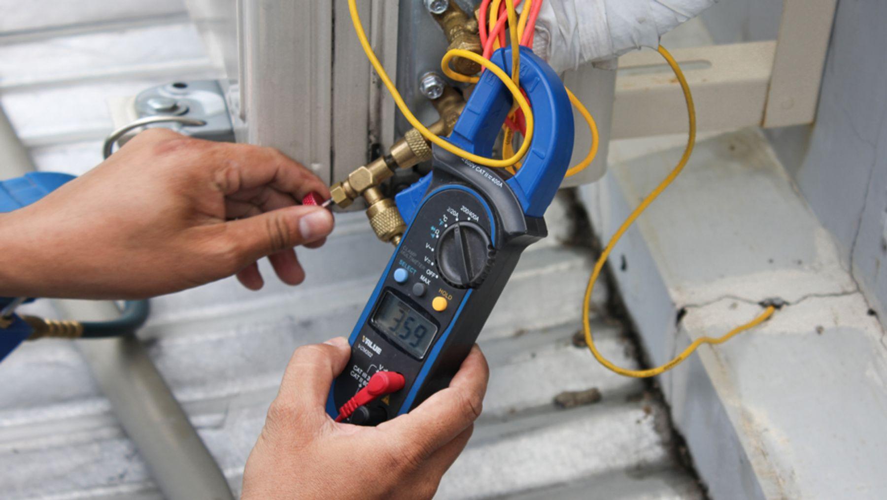 Giải pháp nhanh cho máy lạnh không đủ điện năng hoặc quá tải điện áp