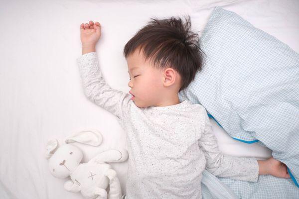 7 Lưu ý chọn đồ ngủ cho trẻ giúp con thoải mái, ngủ ngon